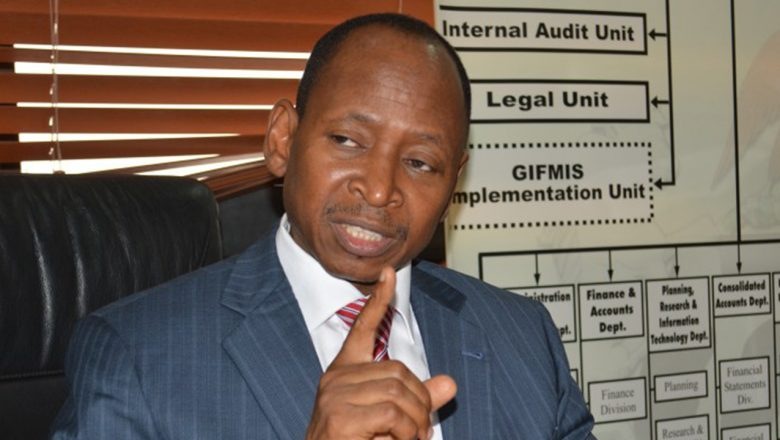 Civil servants mobilise to force accountant-general out of office