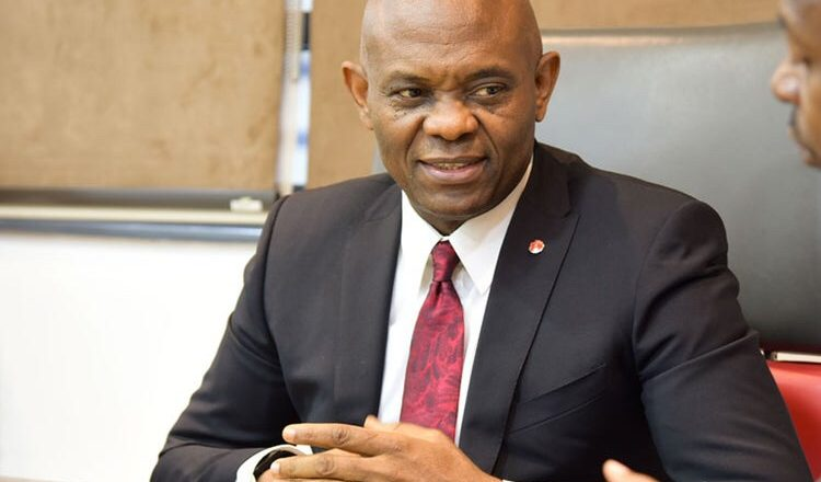 Elumelu Donates Six Trailer Loads of Rice to Delta Communities