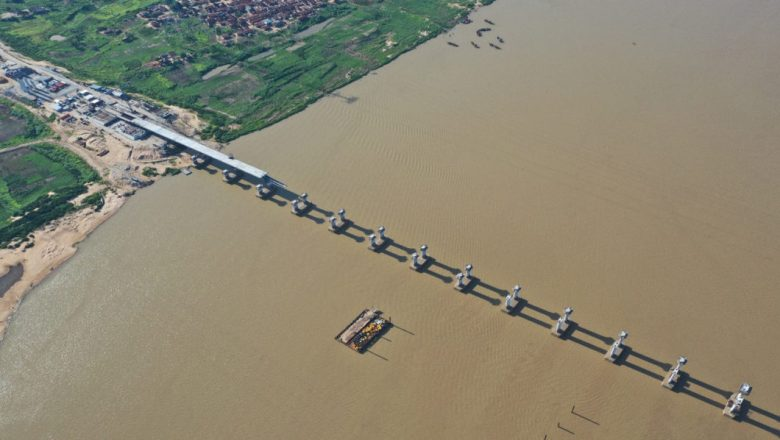FG hopeful of Second Niger Bridge's completion by 2022