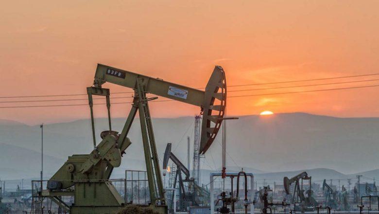 Nigeria's crude wobbles as inventories keep volatility high