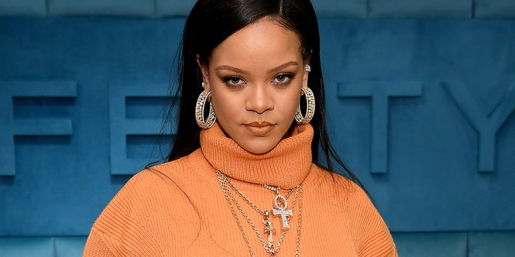 Forbes: Rihanna becomes self made billionaire, worth $1.7 billion